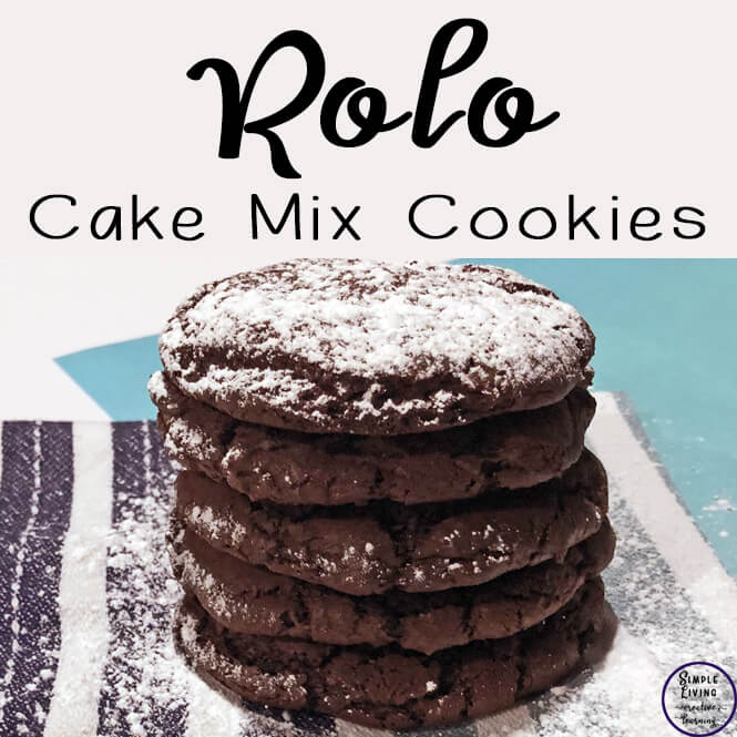 These rolo cake mix cookies are so easy to make with only 4 ingredients! They won't last long either, so you better grab them while they are warm!!