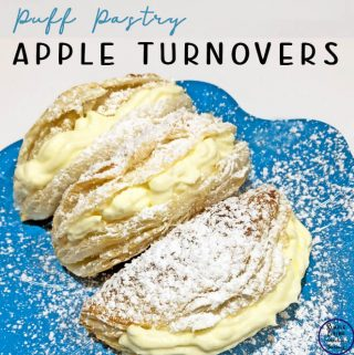 These apple turnovers are made with puff pastry and taste just as delicious the bought ones. They can also be made with a peach or nutella filling.