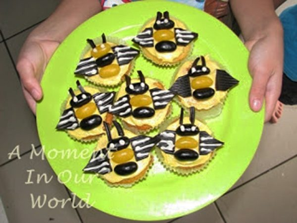 These Bee Cupcakes are great for a bee themed party or homeschool unit.