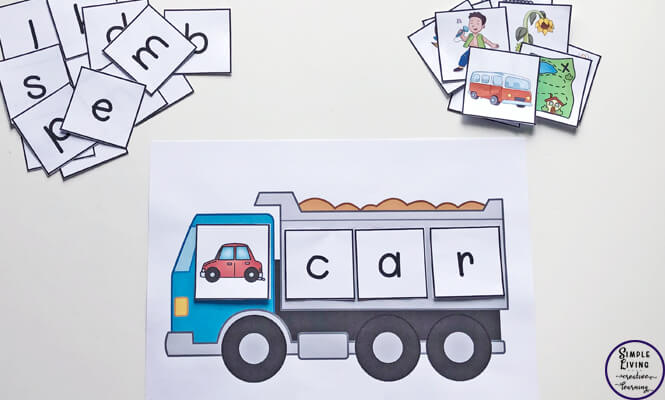 Kids will love learning and practicing CVC words with this construction themed Build a CVC Word printable.
