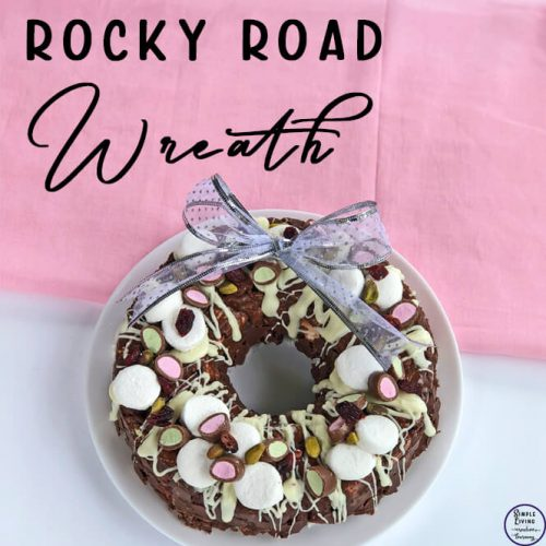 This gorgeous, easy to make Rocky Road Wreath is a great centrepiece for a Christmas table this festive season.