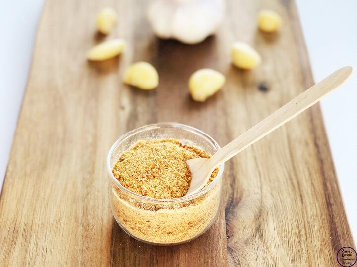 Dehydrated garlic made into garlic powder