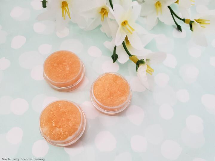 Exfoliating Orange Lip Scrub